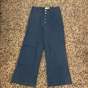 URBAN OUTFITTERS CAPULET CROPPED JEANS SIZE SMALL